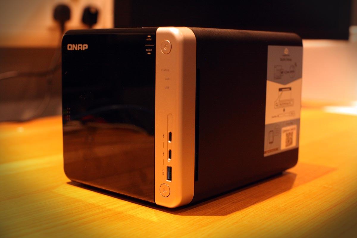 On Test: The QNAP TS-453BT3 Thunderbolt 3 Desktop Shared