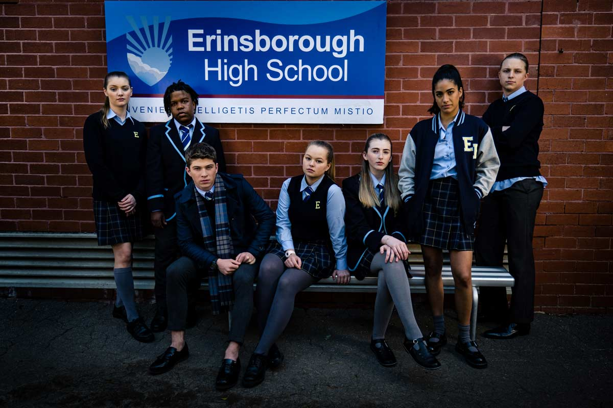 03 Neighbours Erinsborough full cast